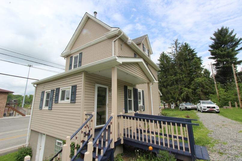 IRWIN PA 3 BEDROOM HOME FOR RENT NEAR INDIAN LAKE