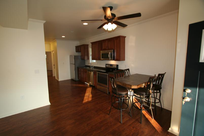 LUXURY 3 BEDROOM APARTMENT WITH LAUNDRY GREENSBURG PA NEAR LECOM