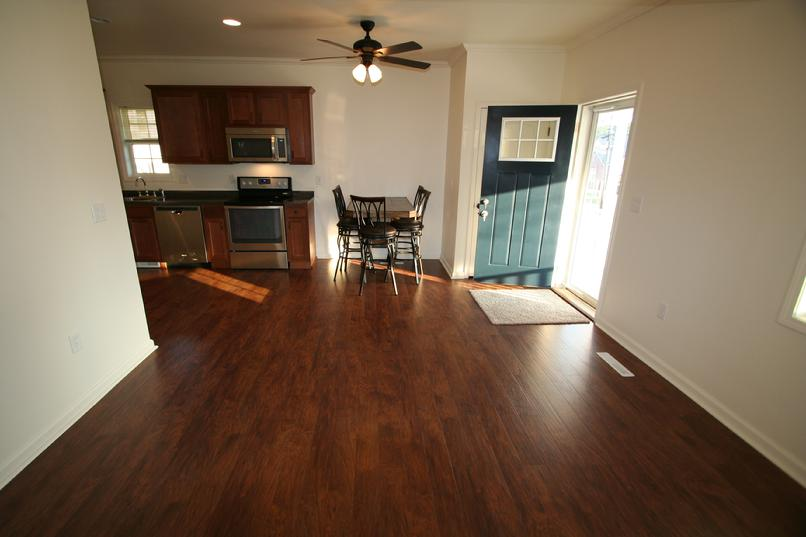 3 BEDROOM APARTMENT NEAR LECOM GREENSBURG PA