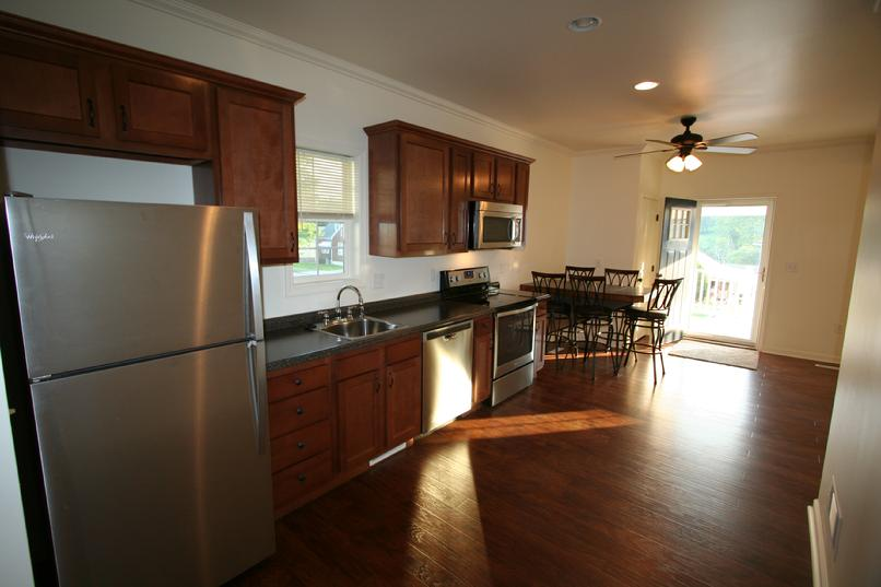 LUXURY 3 BEDROOM APARTMENT NEAR LECOM SETON HILL GREENSBURG PA